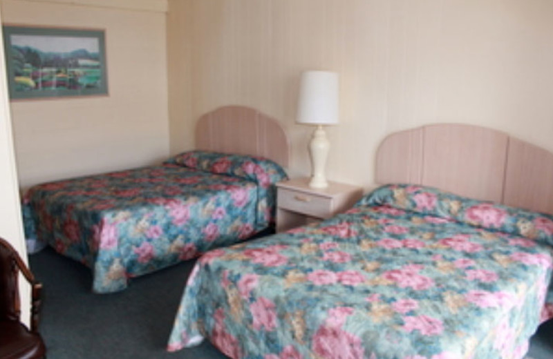 Guest Room at Marguerite Motel