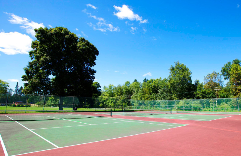 Tennis court at Zion Honor's Haven Retreat & Conference.