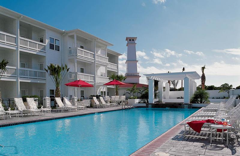 Outdoor pool at The Lighthouse Inn at Aransas Bay.