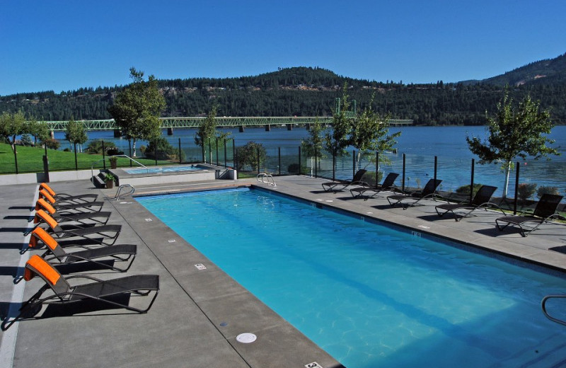 Pool View at  Hood River Inn