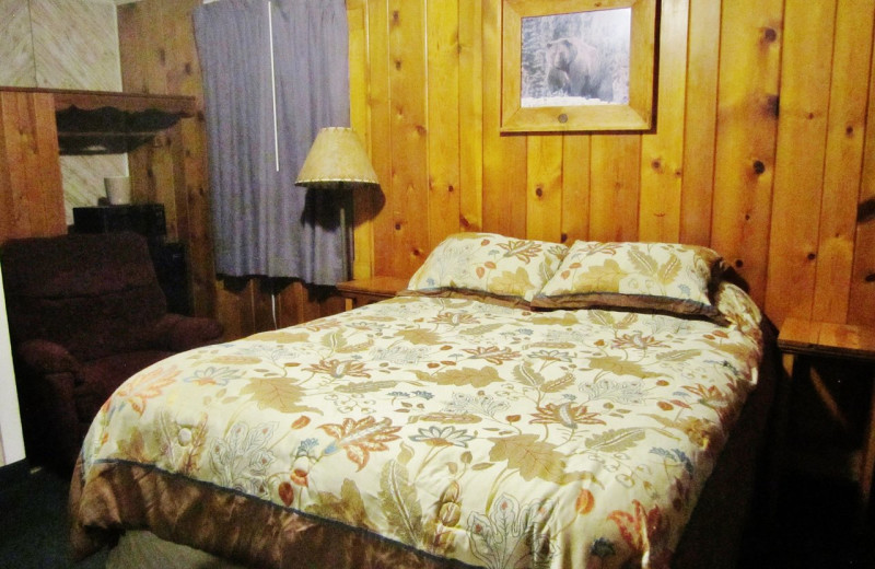 Guest room at Dancing Bears Inn.