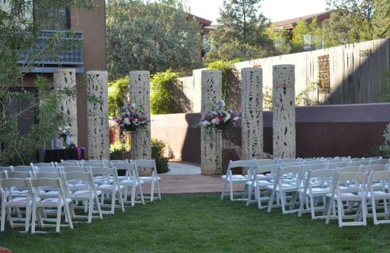 Outdoor wedding at Sedona Rouge Hotel & Spa.