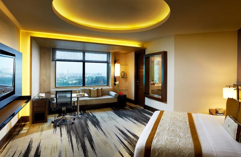 Guest room at Gran Melia Jakarta.