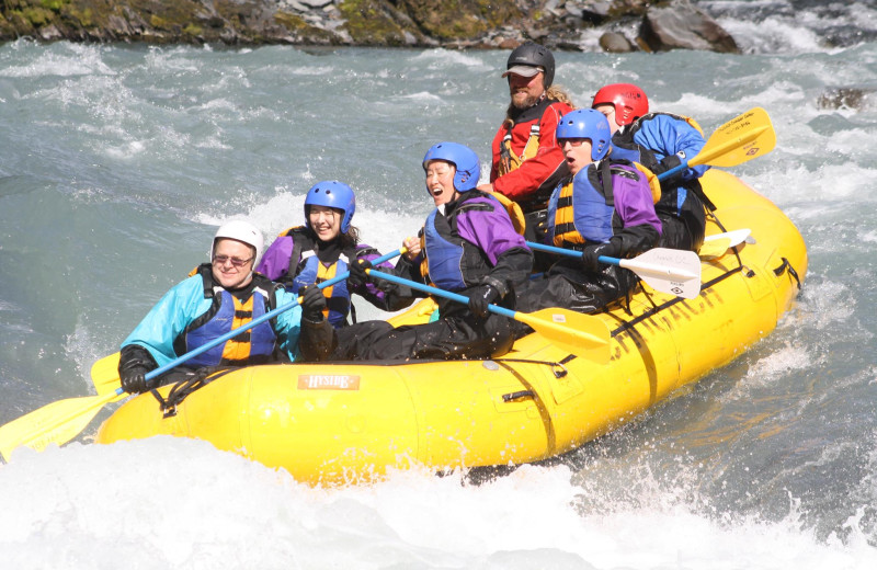 River rafting at Gwin's Lodge & Kenai Peninsula Charter Booking Service.