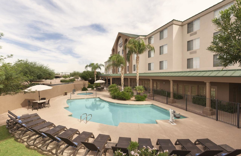 Outdoor pool at Country Inn & Suites By Carlson Mesa.