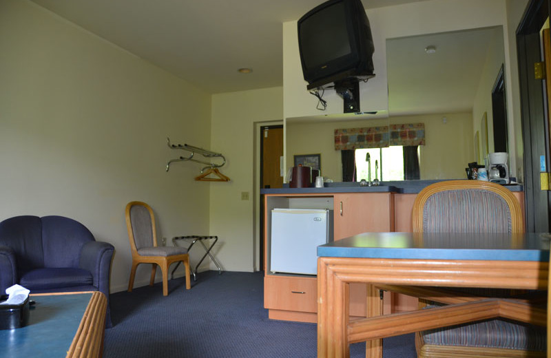 Guest room at Devils Head Resort & Convention Center.