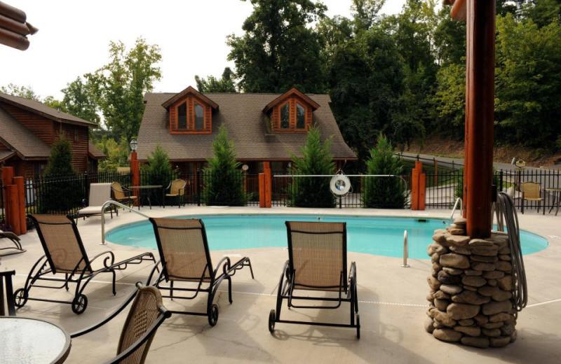 Big Bear Lodge pool at Cabin Fever Vacations.