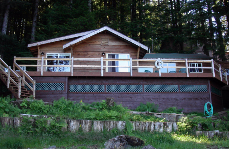 Cabin exterior at portsman's Cove Lodge.