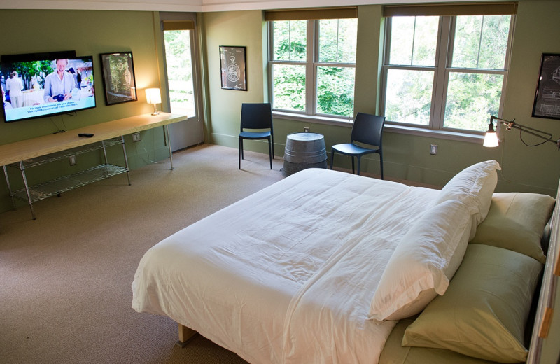 Guest bedroom at Inn On Columbia.