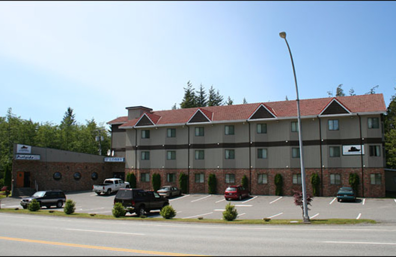 Exterior view of Anchor Inn.