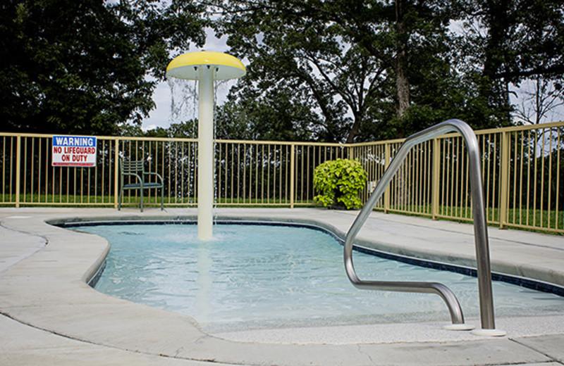 Kiddie pool at Branson Vacation Houses.