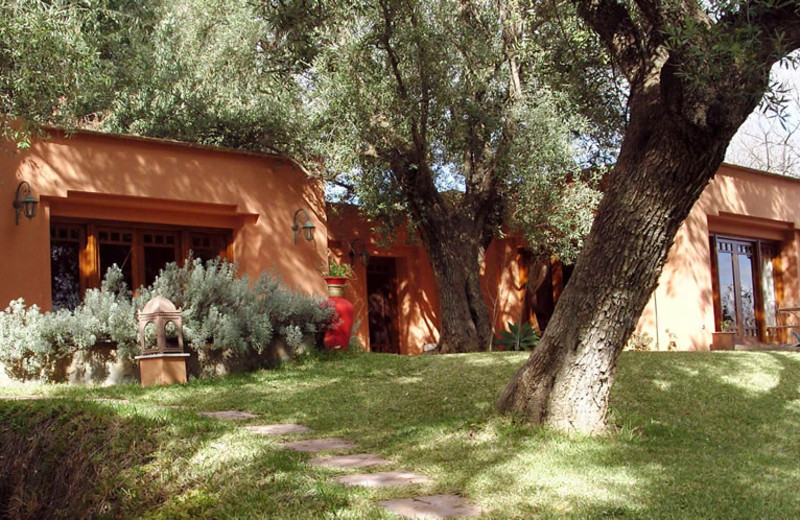 Exterior view of Maroc Lodge.
