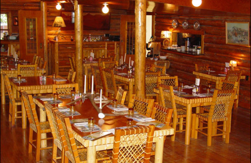 Dining area at Shoshone Lodge & Guest Ranch.