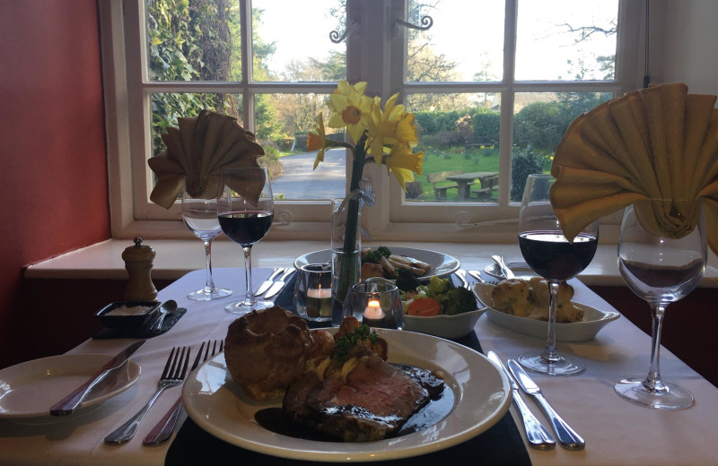 Dining at Edgemoor.