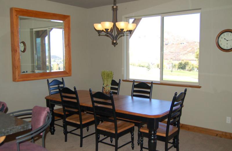 Rental dining room at Utah Family Lodges.