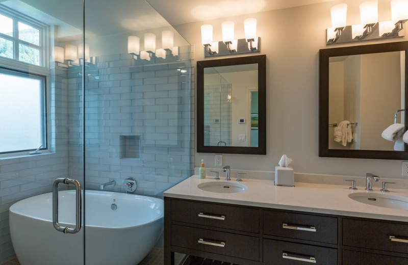 Rental bathroom at Welcome to Telluride Vacation Rentals.