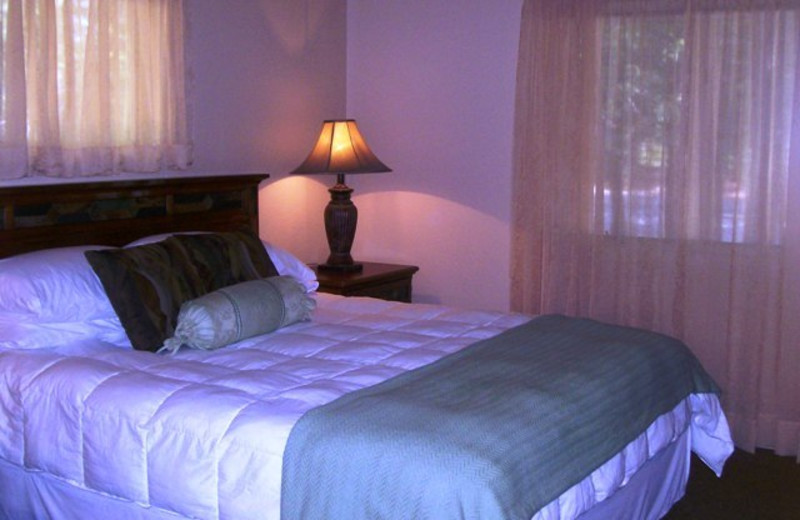 Guest Room at Mount Shasta Resort