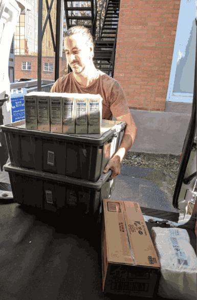 Marc volunteering at New Haven food pantry.