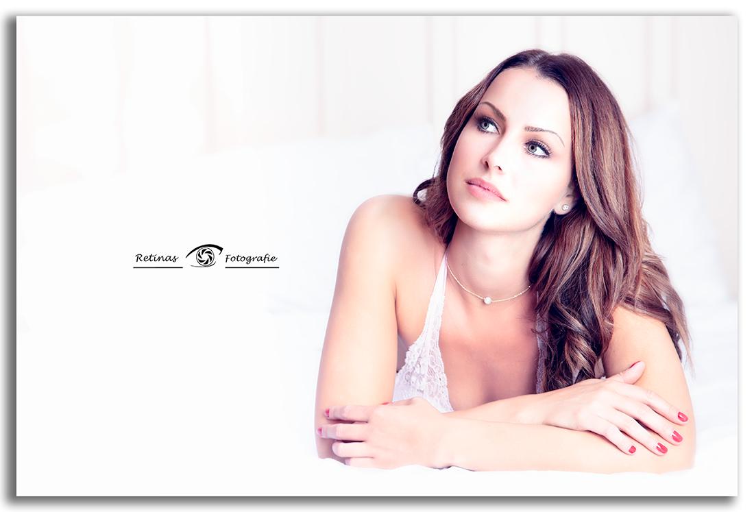 Peggy - Behind the scenes, Sensuele fotoshoot, sensueel & Lingerie, boudoir, fotoshoot, fotosessie, lingerie fotoshoot, fotoshoot in lingerie, sexy fotoshoot, boudoir fotograaf,