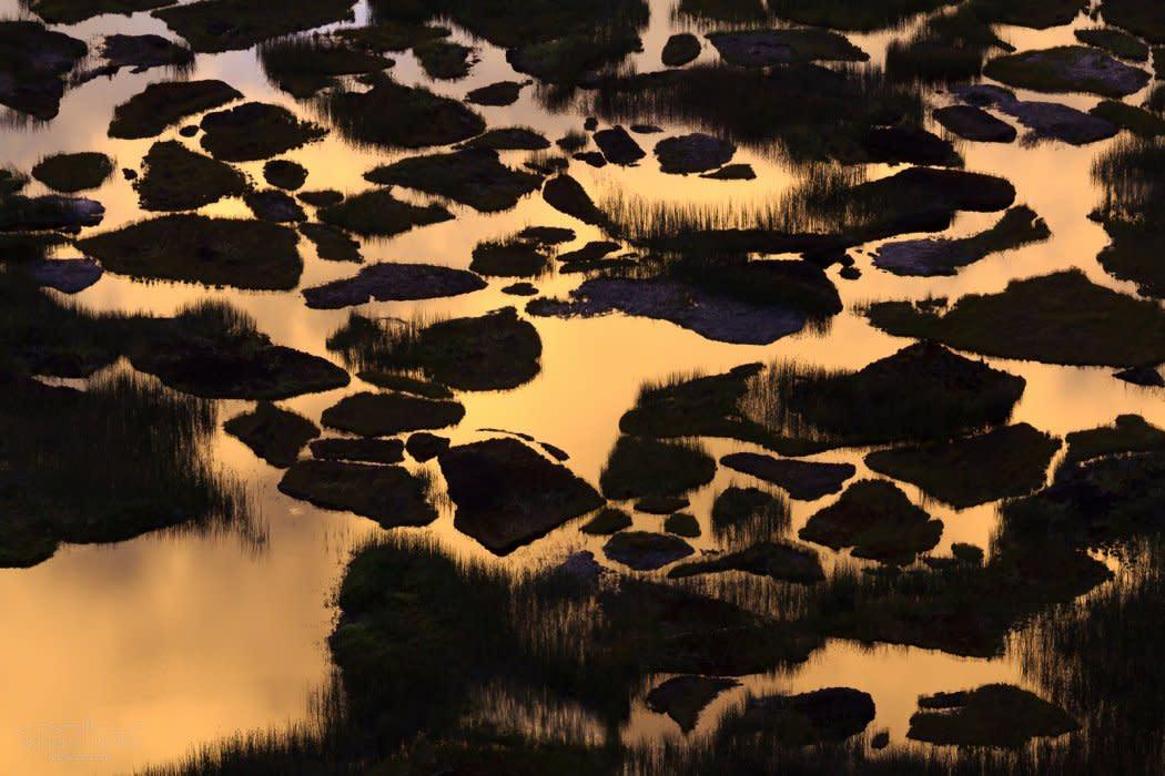 Golden Melting Pot I - Chile, Rapa Nui