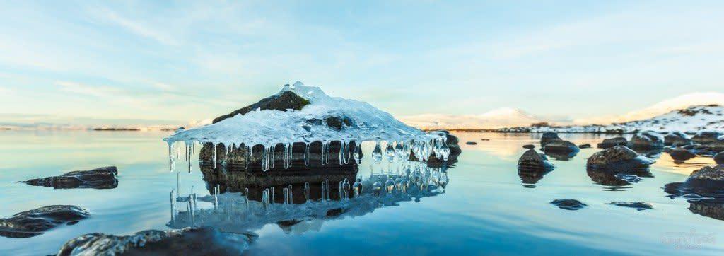 IS_20131228-140103-pingvellir-Chandelier-Iceland_acn_1600L_100JPG