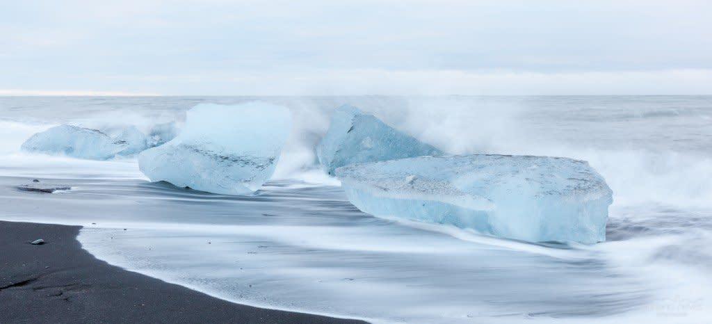 IS_20131229-134954-JU00f6kulsU00e1rlU00f3n-Black-Sand-Beach-IV-Iceland_acn_1600L_100JPG