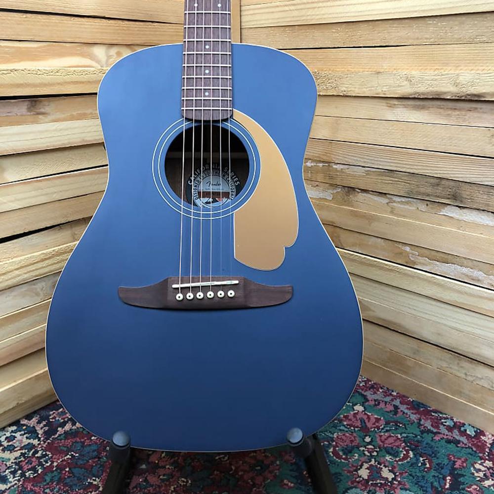 Fender California Series Malibu Player
