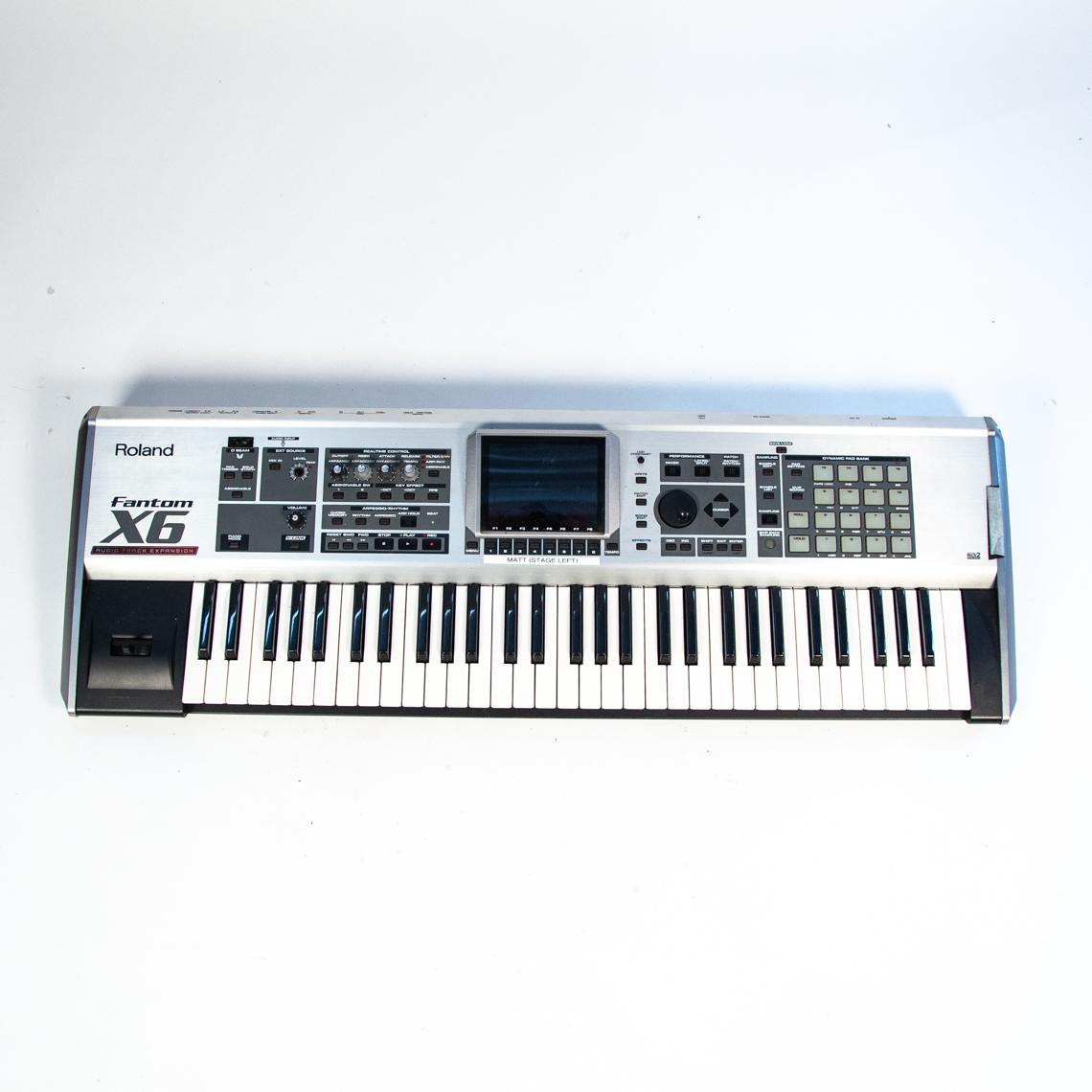 Roland Fantom X6