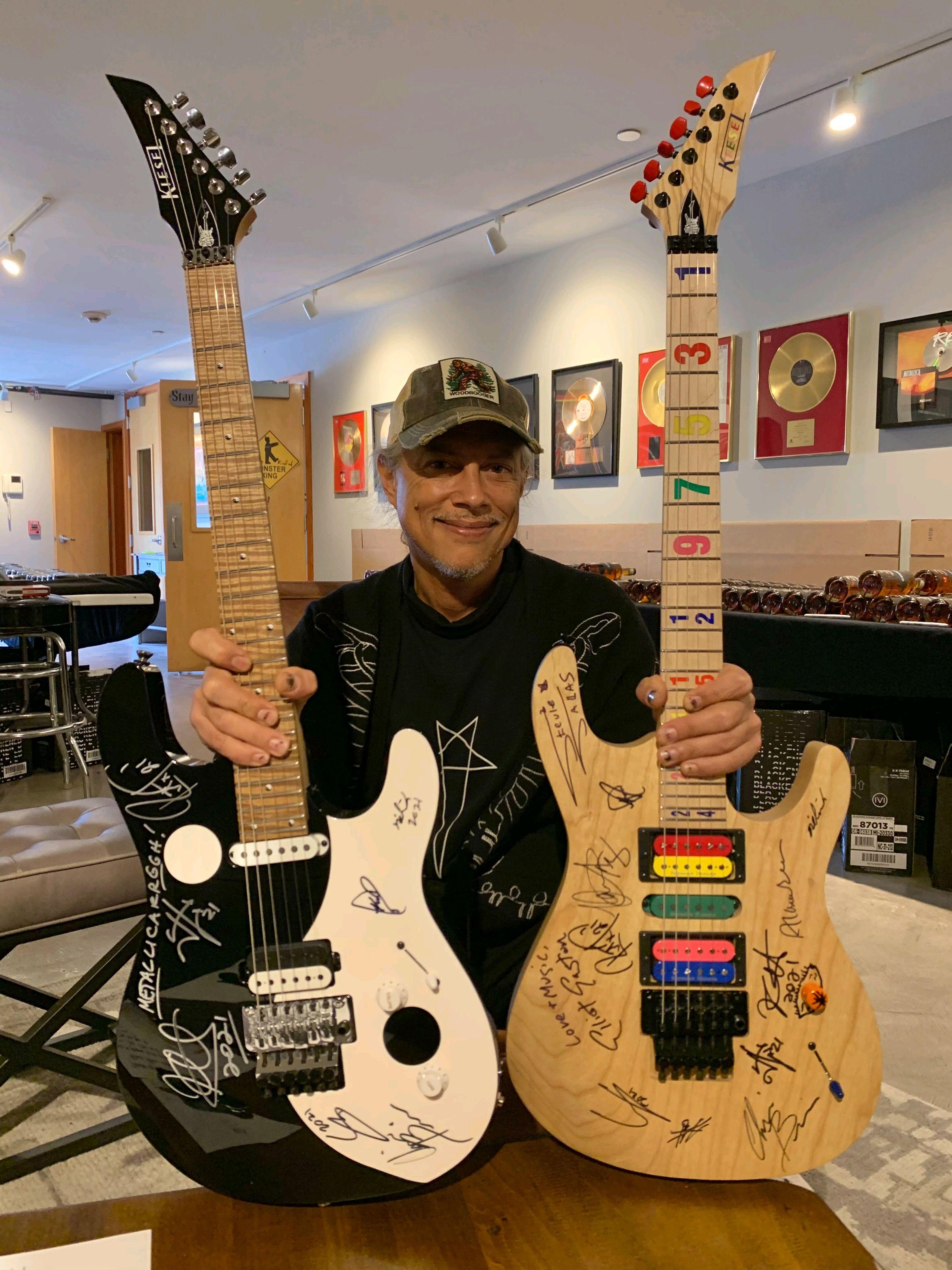 Kirk Hammett with the Triumphant Friends Guitar 2