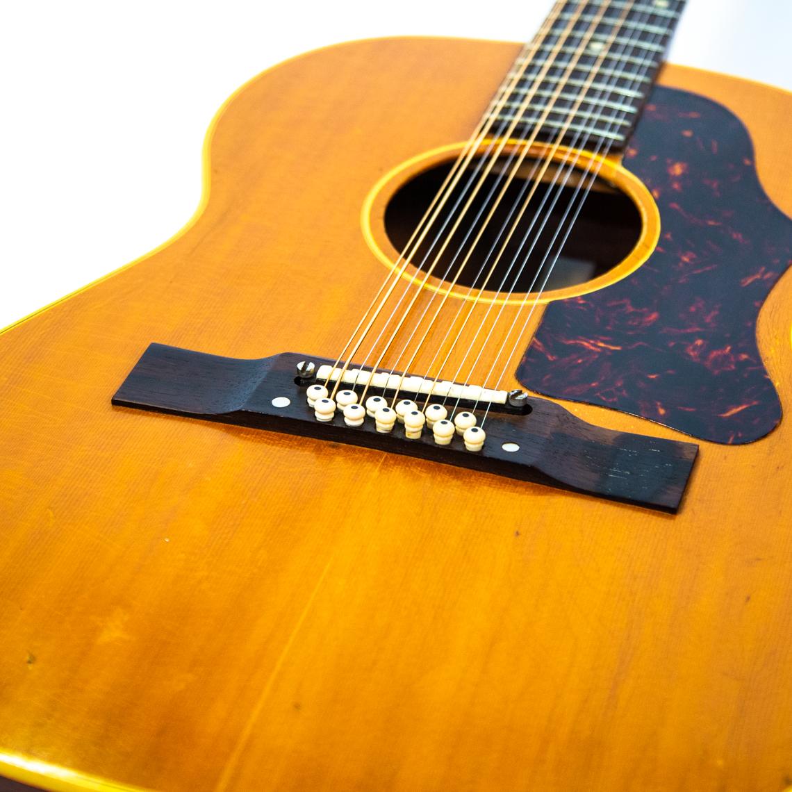1960s Gibson B-25 12n