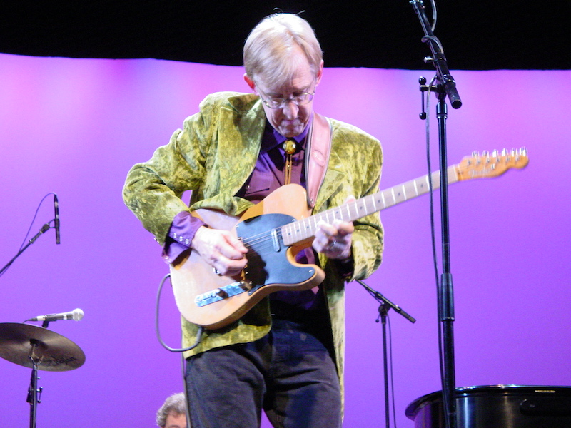 Bill Kirchen playing his Tele on stage