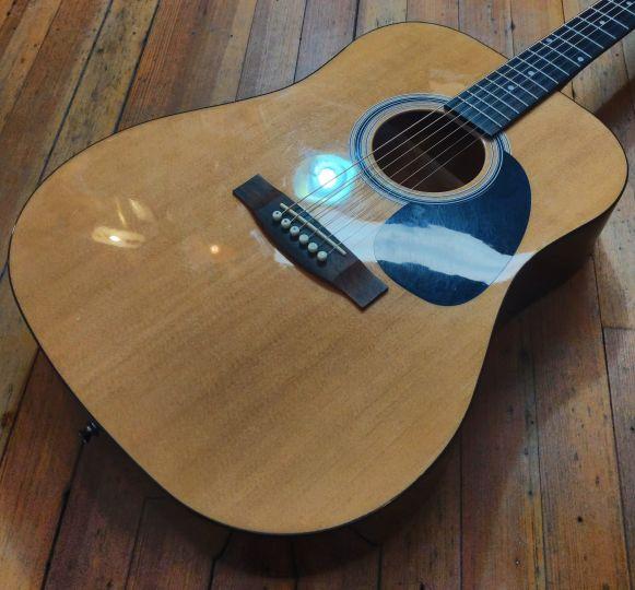 Rogue RA-100D Dreadnought Acoustic Guitar Sunburst