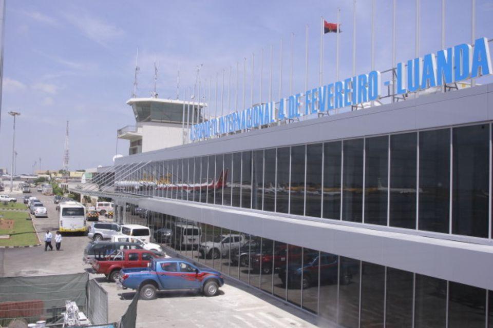 hard-aeroporto-internacional-ampe-rogerio-620x413_7dk7zWTFuzS5XXVkJDrBKyjw7WXbRAZe