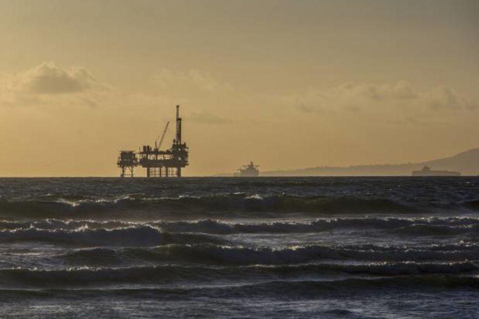 plataforma-petroleo-cc0-620x433_WU0Pjl94ip0U7uJi3YhC6Dq0WICPGU5L