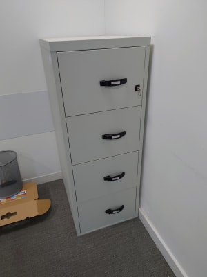 Fire safe filing cabinet with keys  - 250kg