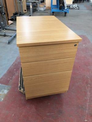 Deep desk height pedestal