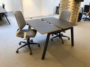 Bench bank of 2 desks - 100cm tops