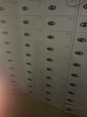 20 door  white lockers