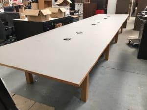 Huge Orangebox BAE-03 Triple bay table with wireless charging units built in