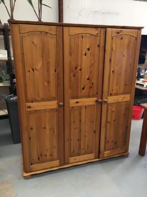 Pine Bedroom Furniture Bundle - Wardrobe, King Size Bed, bedside cabinet, Single Bed, Drawers and Ottoman