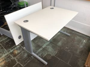 small white desk with modesty panel 120cm