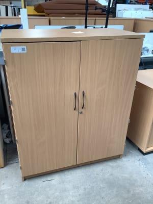 Cabinet wooden shelves