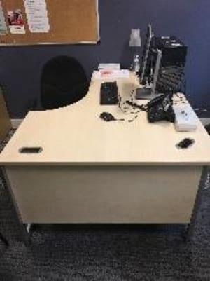 Right Corner Desk