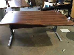 Wave desk 160
