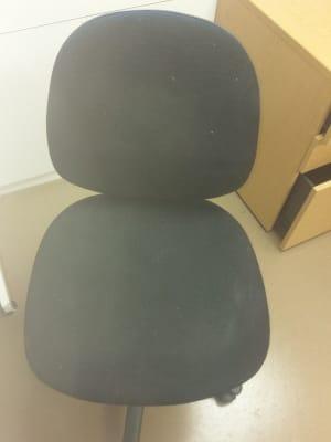 black steno chair