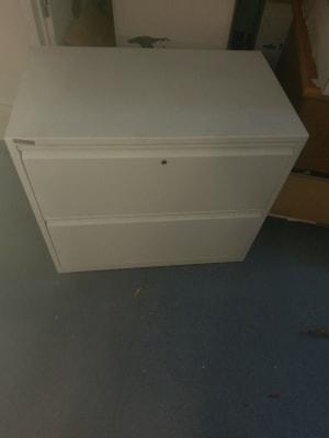 white metal 2-drawer chest