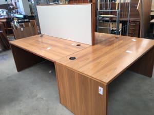 Pod of 3 Desk