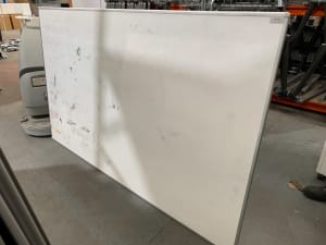Whiteboard - Wall mounted