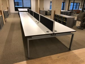 Bank of 8 desks - square legs white tops with dividers