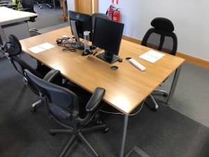 Bank of 4 wooden desks 100cm